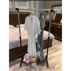 Вешалка держатель для одежды одинарный с одной полкой